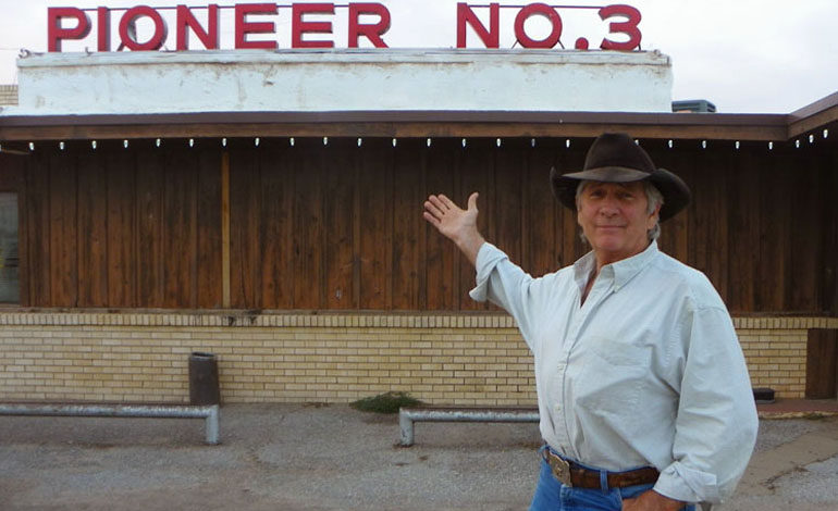 Brady Crumpler – Hall of Fame Cowboy and Restaurateur